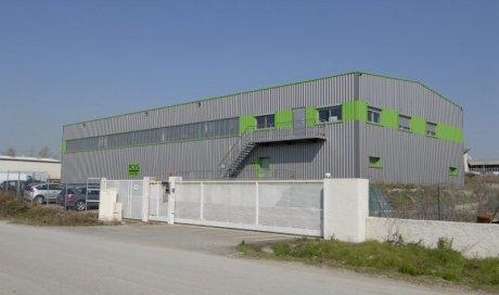 Achat d'un nouveau hall de 700m² Isère